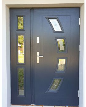 Fargo 11 DB - front doors with side panel