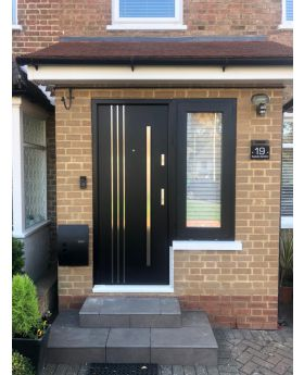 Fargo 32B - front entry door Colour: smooth anthracite