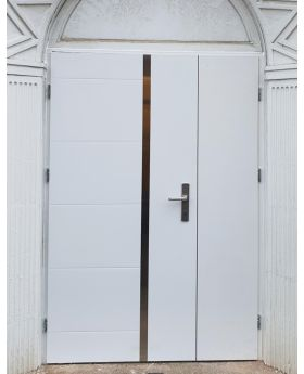 Fargo 41A DB - front door with side panel
